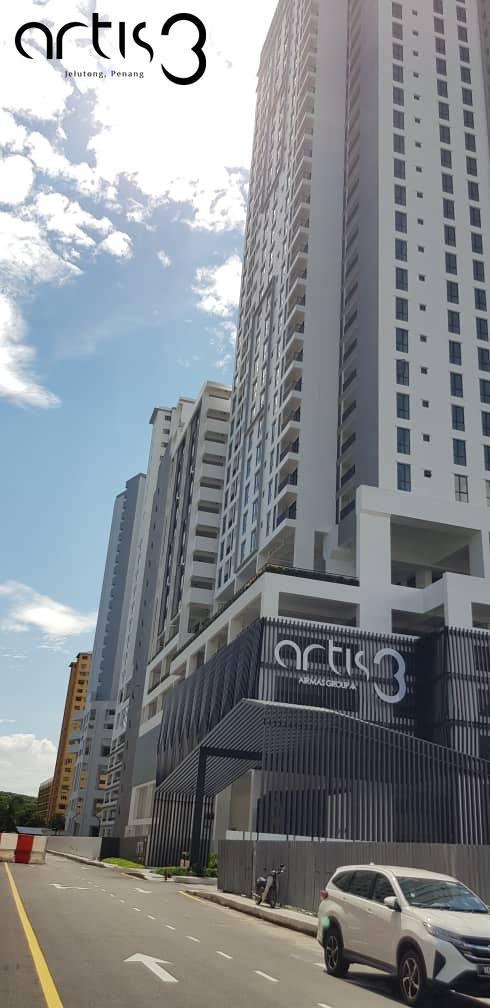 Artis3 condominium entrance