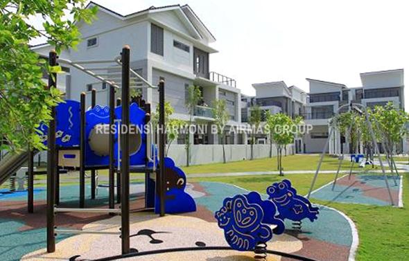 Residensi Harmoni playground